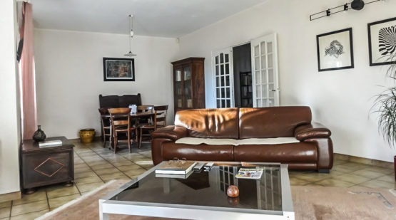 Vente maison - Miramas, Maison de plain-pied de 123m2 - Effectimmo