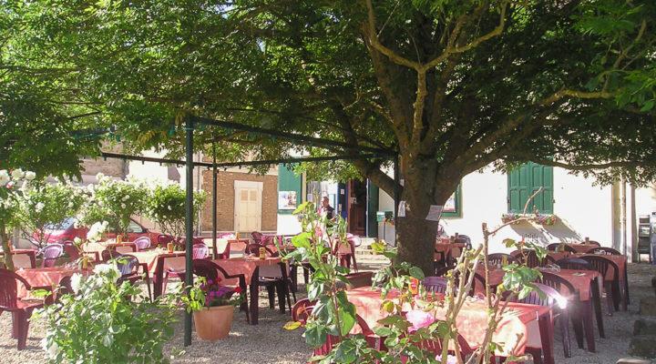 Image Proche Melun,  Bar Restaurant avec terrasse dans village touristique