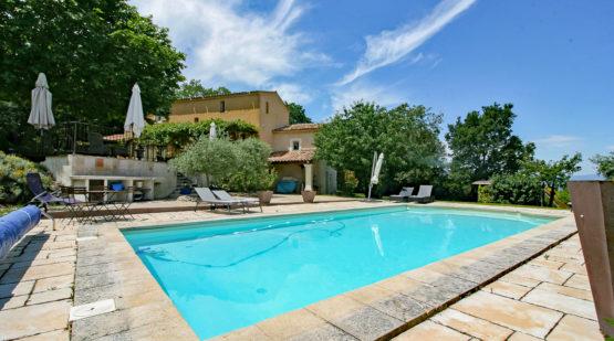 Vente maison provençale de 192m2 avec piscine, Apt - Effectimmo