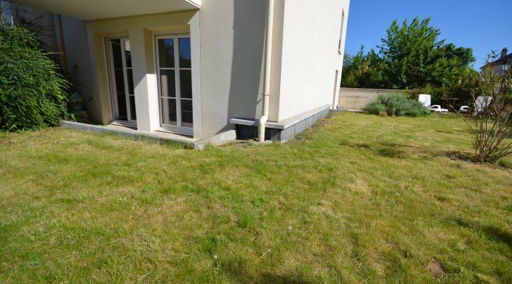 Brie-Comte-Robert, Beau 3 pièces en 1er étage avec jardin privatif de 130 m2