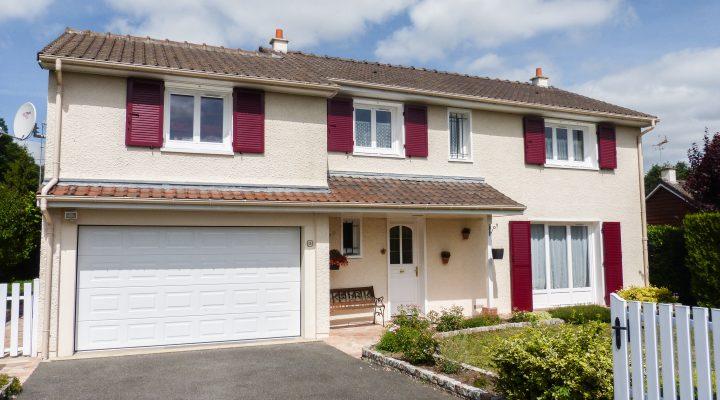 Saint-Fargeau-Ponthierry, Charmante maison familiale de 5 chambres