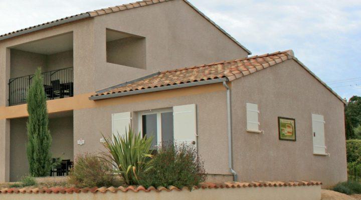 Saint-Martin-d'Ardèche, Maison de 30m2  avec terrasse - à finir d'aménager.