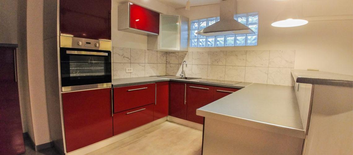 Image Proche Carpentras, Beau 3 pièces de 93m² avec local commercial de 60m2