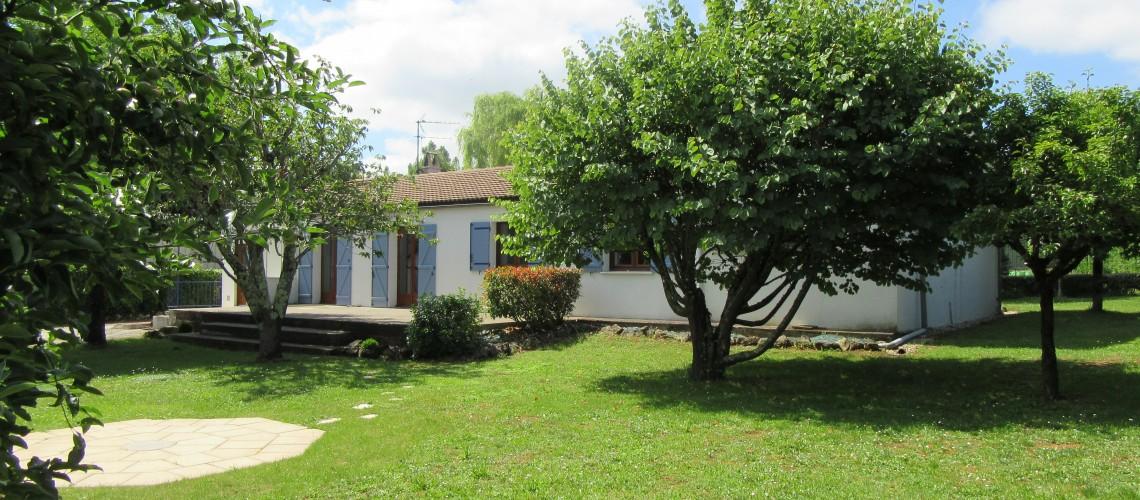 Image St-Vincent-de-Pertignas, Charmante maison de plain-pied sur jardin arboré