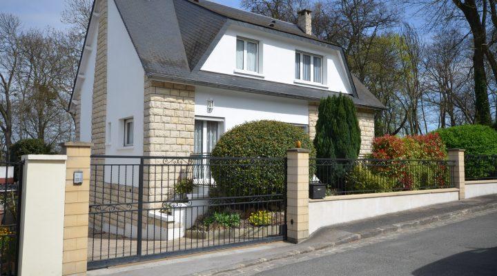 Image Ris-Orangis, Spacieuse maison familiale avec studio indépendant aménagé