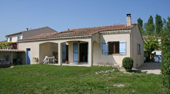 Vendu-L'Isle-sur-la-Sorgue, Villa de 97m2 avec jardin-Effectimmo