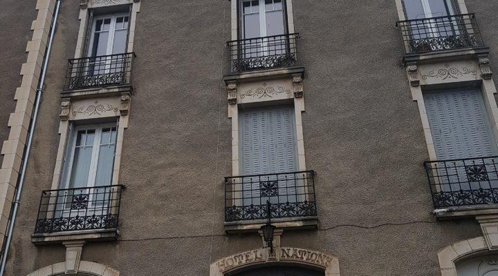 Châtelguyon, Ensemble Immobilier - Spacieux 5 pièces et 2 studios