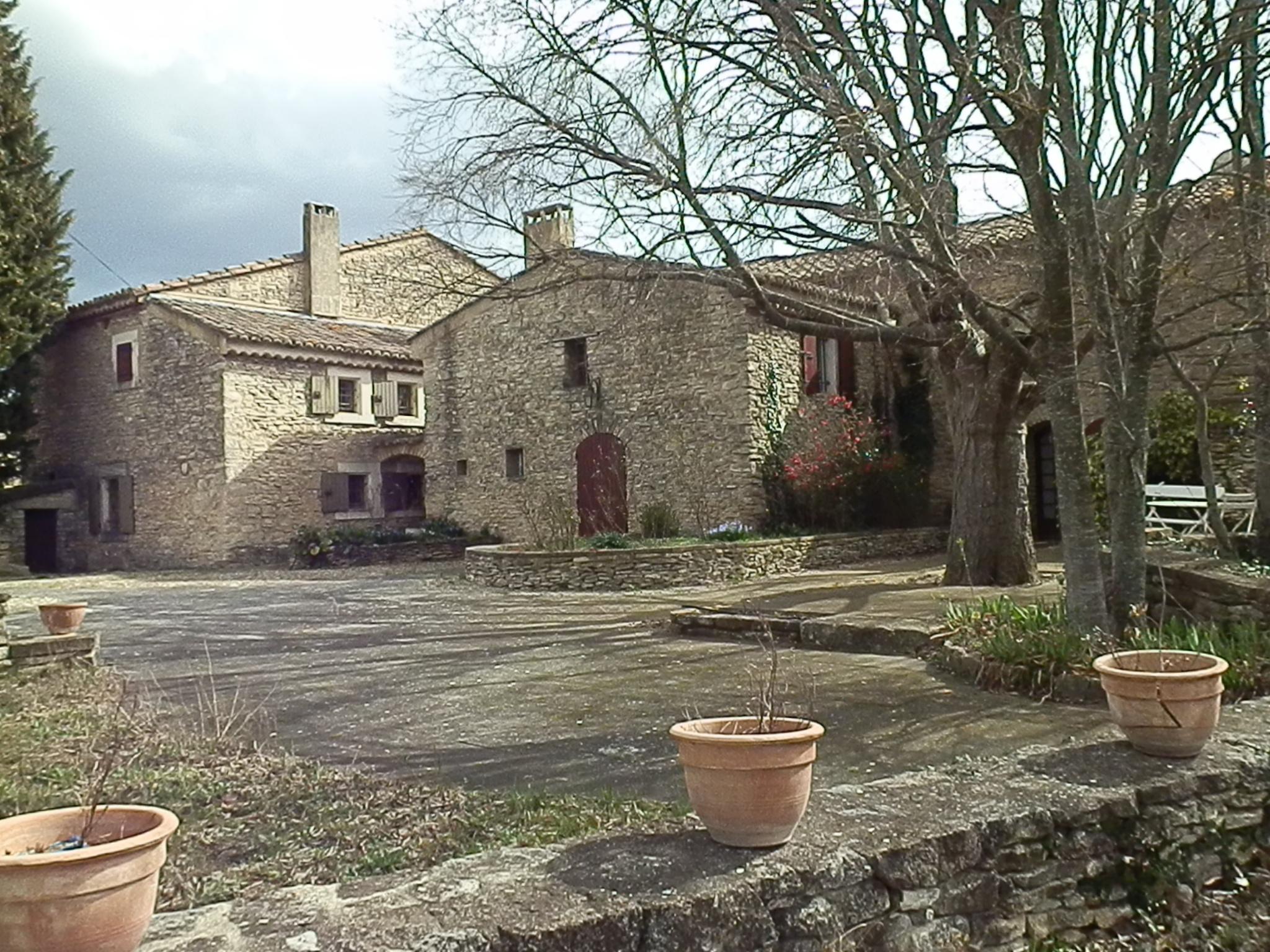 Vente maison l 39 isle sur la sorgue mas avec piscine for Maison sorgues