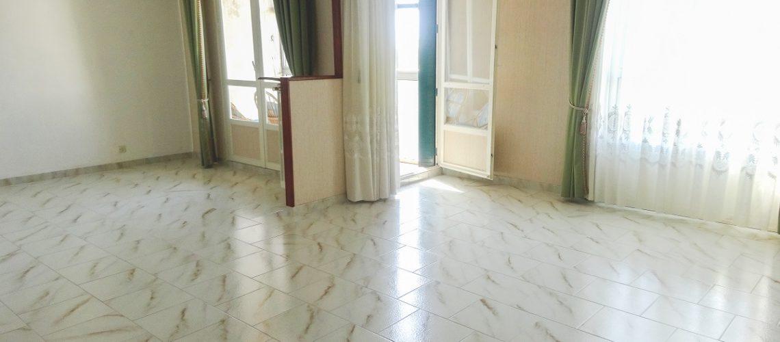 Image Miramas, spacieux appartement 4 pièces avec vue dégagée