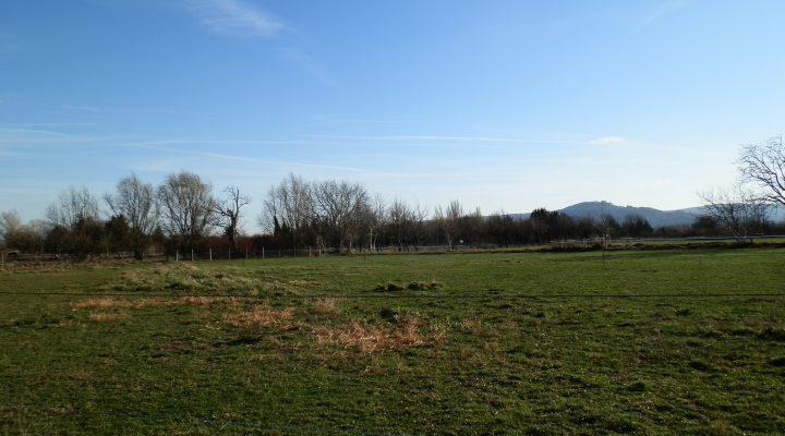 Villelaure, Beau terrain agricole de 3350 m²
