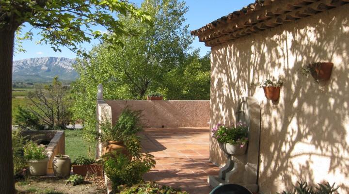 Près de Trets, belle villa provençale