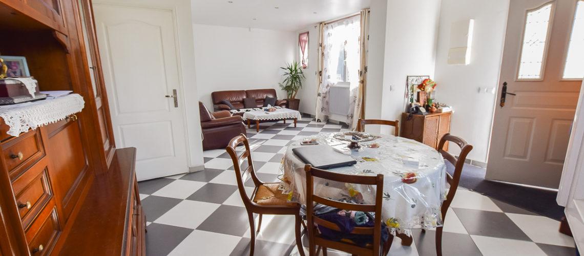 Image Pontoise, Jolie maison familiale rénovée dans secteur calme.