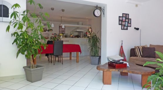 vente-Morières-lès-Avignon, Beau 5 pièces avec jardin privatif -effectimmo