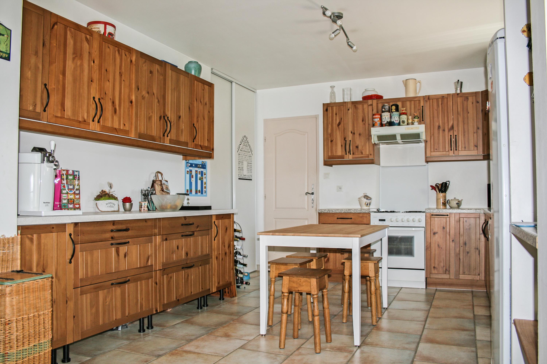 Vente l 39 isle sur la sorgue maison familiale de 5 chambres for Amenagement jardin 800m2