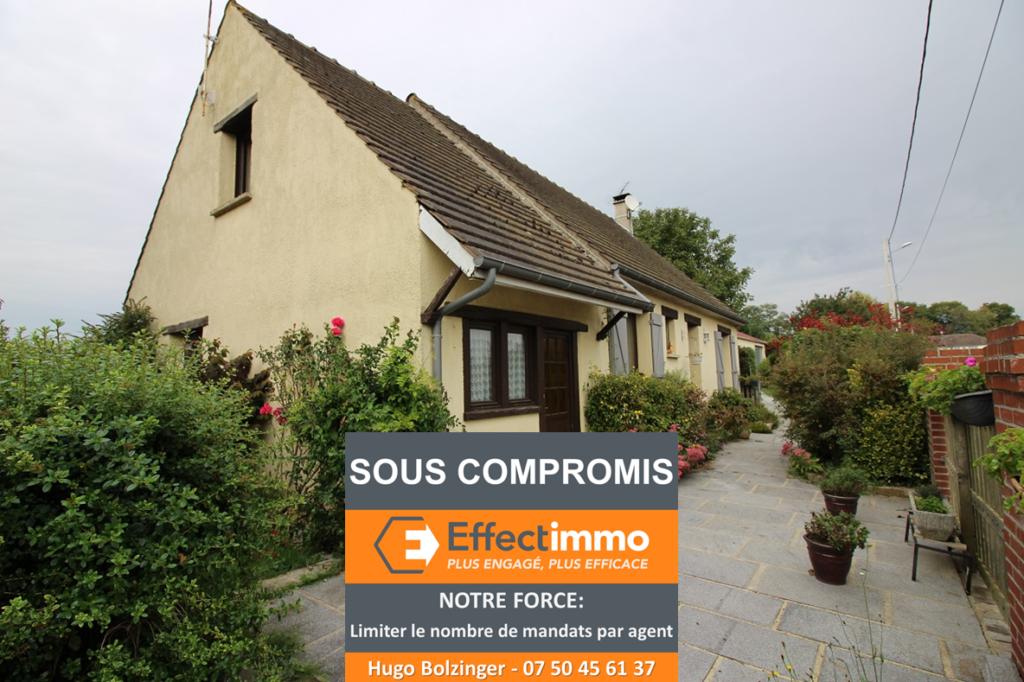 Située à 8km Est De Chaumont En Vexin, Cette Grande Maison Familiale Jouit Du0027un  Cadre Parfaitement Calme Et Du0027une Vue Totalement Dégagée.