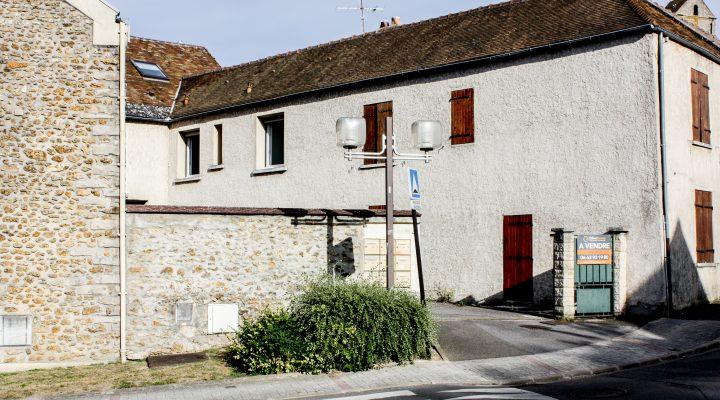 Image Egly, Charmante maison de ville de 3 pièces