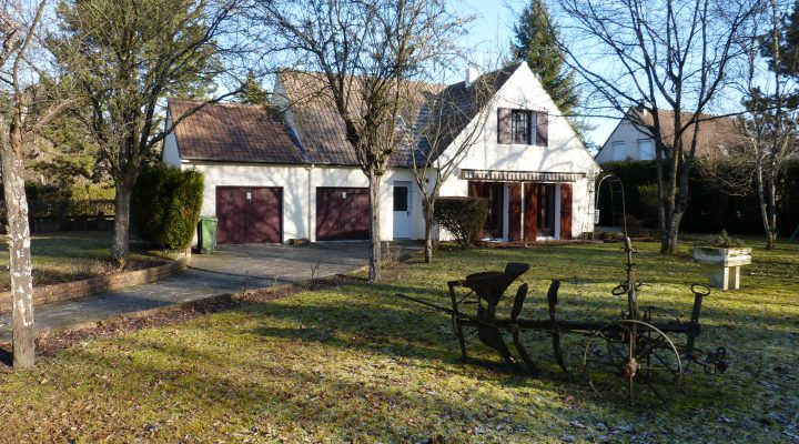 Saint-Fargeau Ponthierry, Spacieuse Maison de charme dans secteur recherché