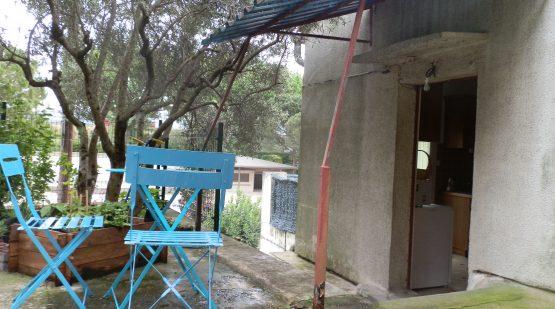 Vendu - Orgon, Jolie maison de village avec courette - Effectimmo