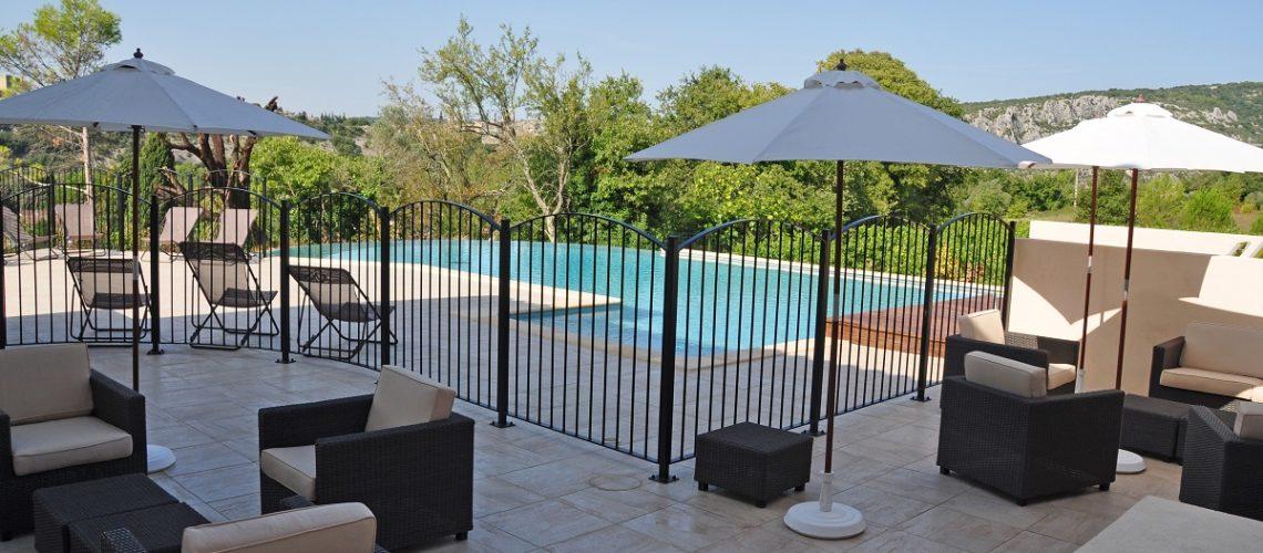 Image Saint-Martin-d'Ardèche, Beau 2 pièces, meublé et climatisé avec terrasse couverte