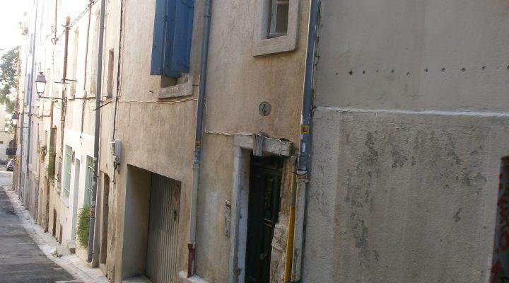 Montpellier, au coeur du centre historique, appartement de 2 pièces avec courette