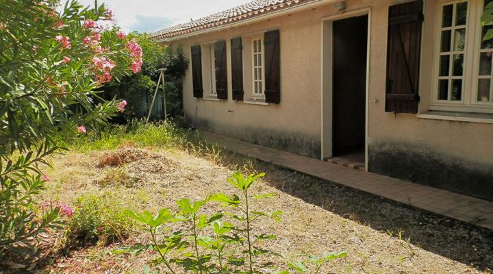 Image Carpentras, Charmante villa plain-pied avec jardin dans secteur prisé