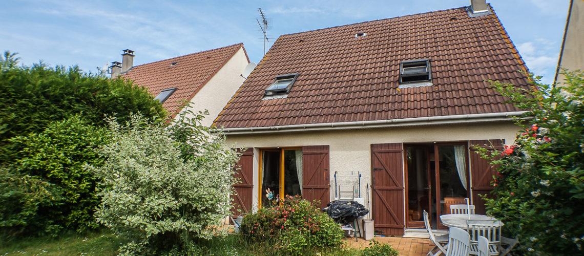 Image Vauréal, Maison familiale en centre-ville dans secteur calme.