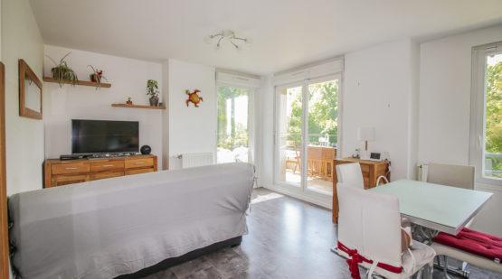 Vendu appartement 3 pièces avec vue dégagée Éragny - Effectimmo