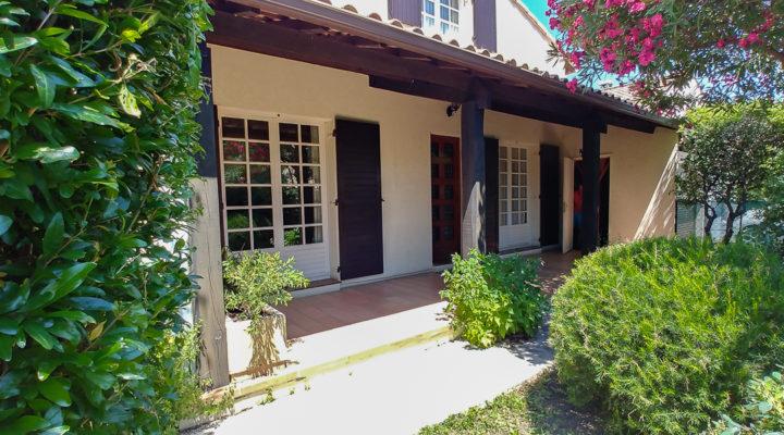 Alès, Jolie villa familiale de 4 chambres avec jardin arboré