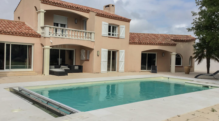 Image Saint-Jean-de-Monts, Belle villa de 238m2 avec piscine et dépendances