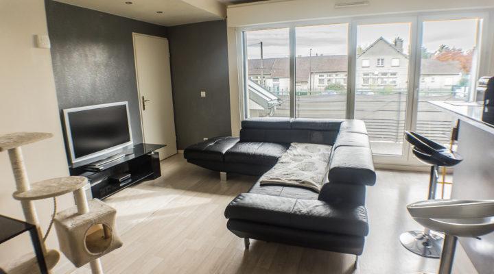 Image Proche Éragny-Village, Appartement 2 pièces bien agencé