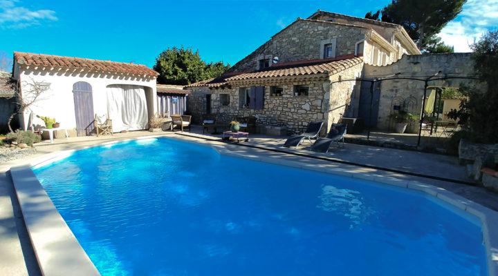 Image Cabannes, Vaste mas de 260m2 avec piscine et dépendances