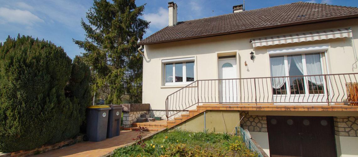 Image Moret-sur-Loing, Maison sur sous-sol total aux spacieuses pièces