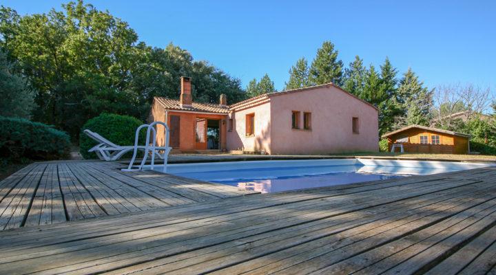 Roussillon, Volumes et cadre exceptionnels pour cette villa de plain-pied