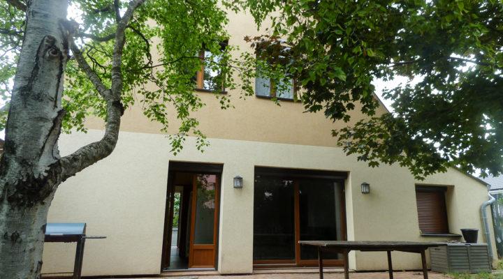 Image Reims, Maison familiale dans quartier résidentiel calme