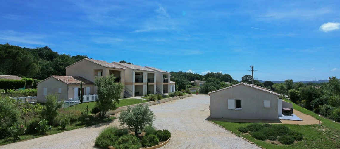 Image Saint-Martin-d'Ardèche, Maison de 30m2 meublée et climatisée avec terrasse
