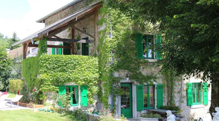 Image Valromey-sur-Seran, Vaste propriété de charme rénovée avec piscine et parc