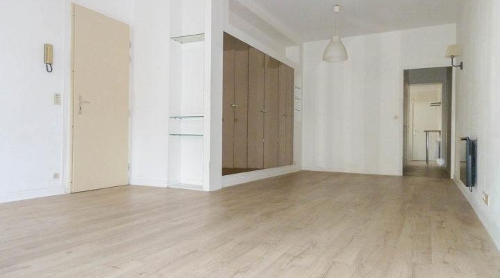 Reims, Secteur Gambetta, Bel appartement de ville 2pièces 52m2, parfaitement entretenu.
