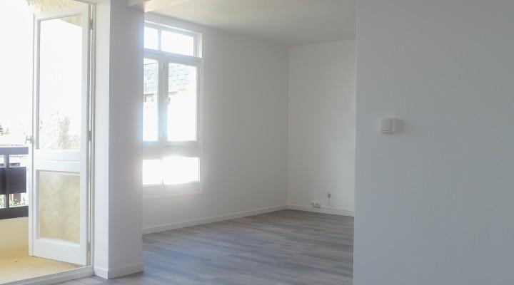 Noisy-Le-Roy, Appartement T4 entièrement rénové