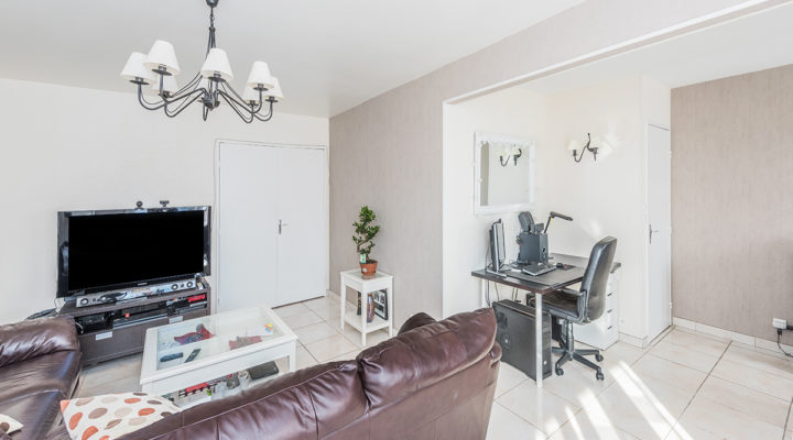Neuilly-sur-Marne, Spacieux 4 pièces de 98 m2 avec balcon