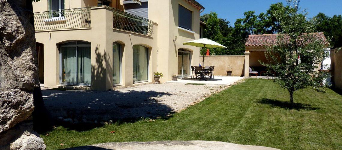 Image Morières-lès-Avignon, Beau 5 pièces de plain-pied avec jardin de 300m2
