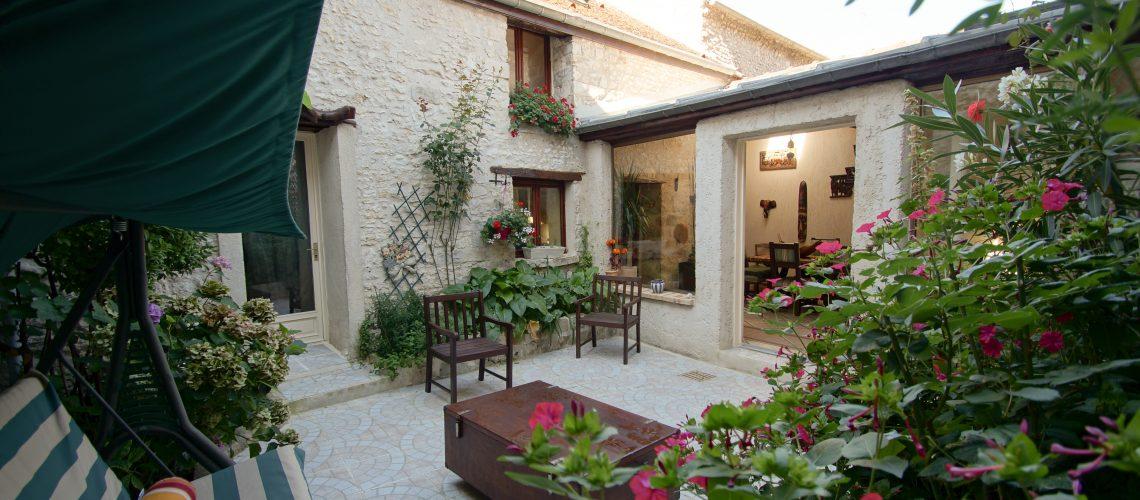 Image Moret-sur-Loing, Maison en pierre 213m2 dans le cœur historique