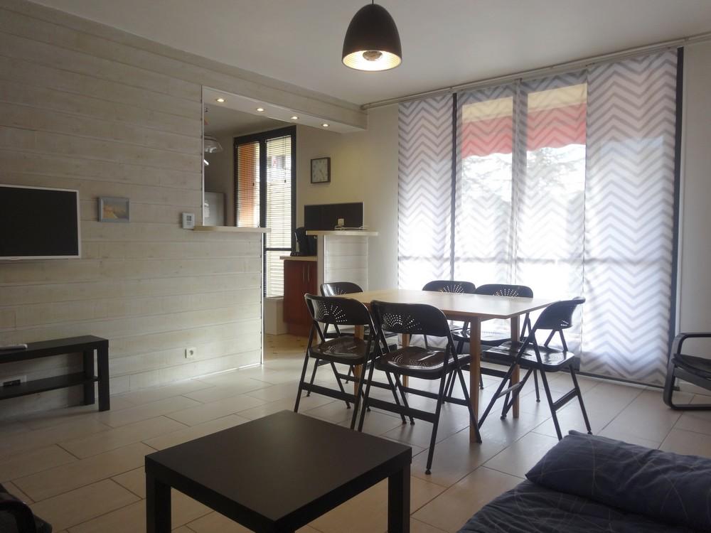 vendu appartement aubagne beau 3 pi ces avec balcon effectimmo. Black Bedroom Furniture Sets. Home Design Ideas