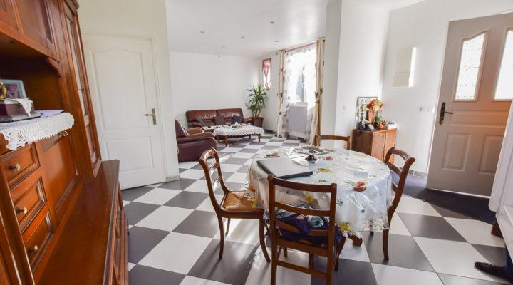 Pontoise, Jolie maison familiale rénovée dans secteur calme.