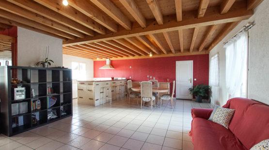 Vente maison familiale sur 1006m2 de terrain plat Domessin - Effectimmo