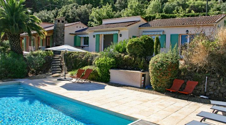 La Motte, Villa de plain-pied rénovée dans un cadre exceptionnel