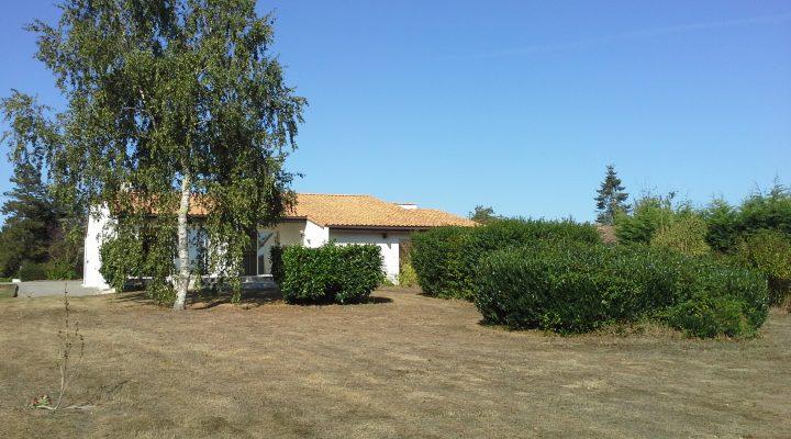 Image Proche de Nantes, Maison de plain-pied de 142m2 sur vaste terrain arboré