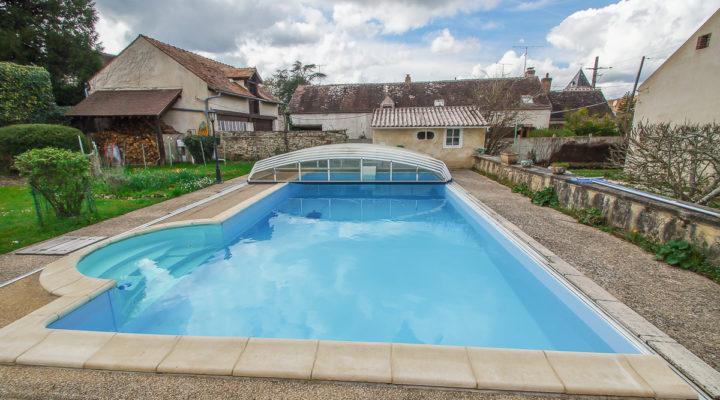 Image Proche Moret-sur-Loing, Vaste demeure de caractère avec piscine et dépendances