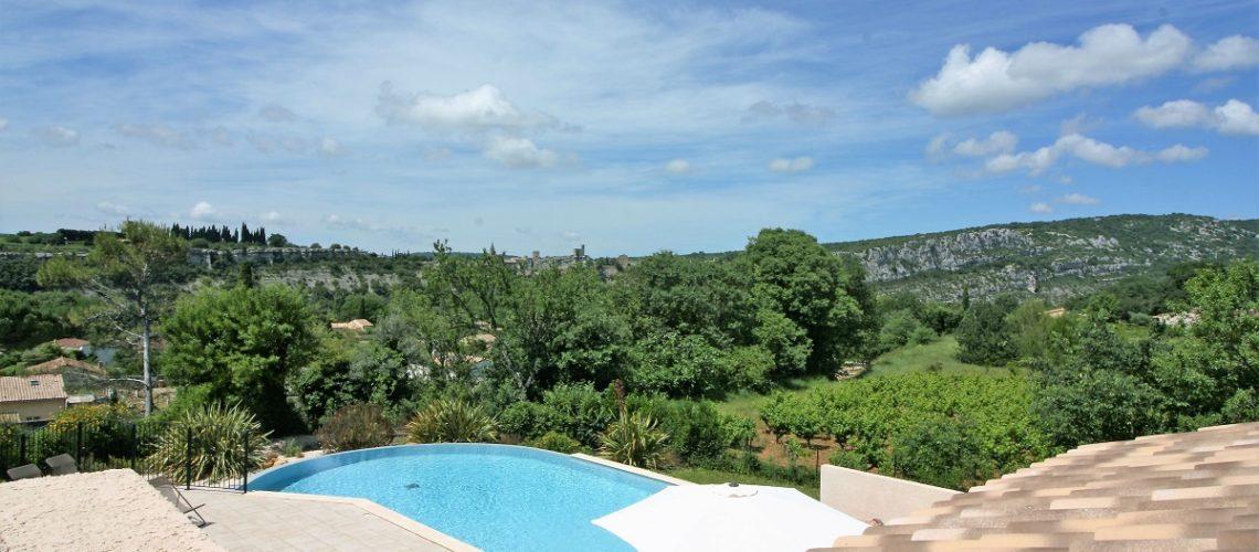 Image Saint-Martin-d'Ardèche, Maisons et Appartements 2 Pièces meublés, climatisés et équipés.
